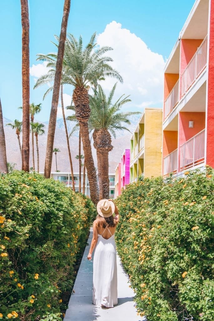 THE 5 MOST INSTA-WORTHY PLACES AROUND PALM SPRINGS