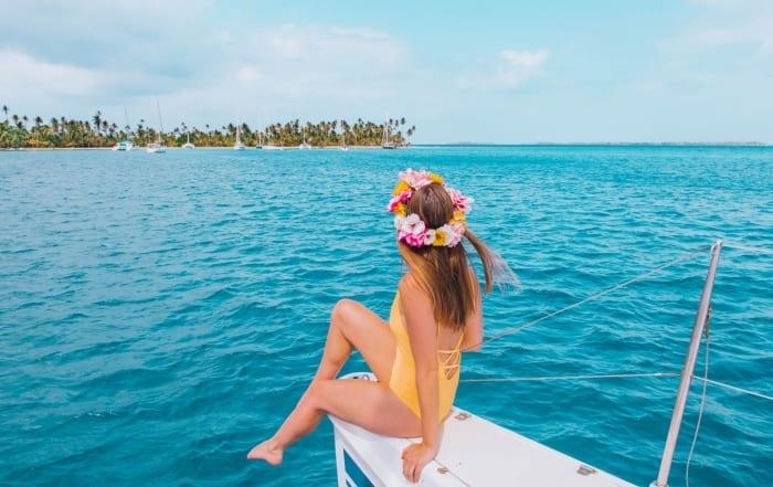 Sailing in Panama's San Blas Islands