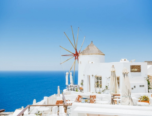 5 Reasons Why You Should NOT Visit Santorini
