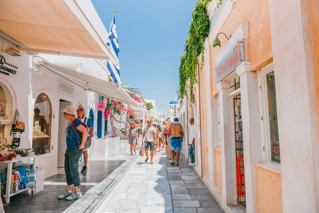 5 Reasons Why You Should NOT Visit Santorini